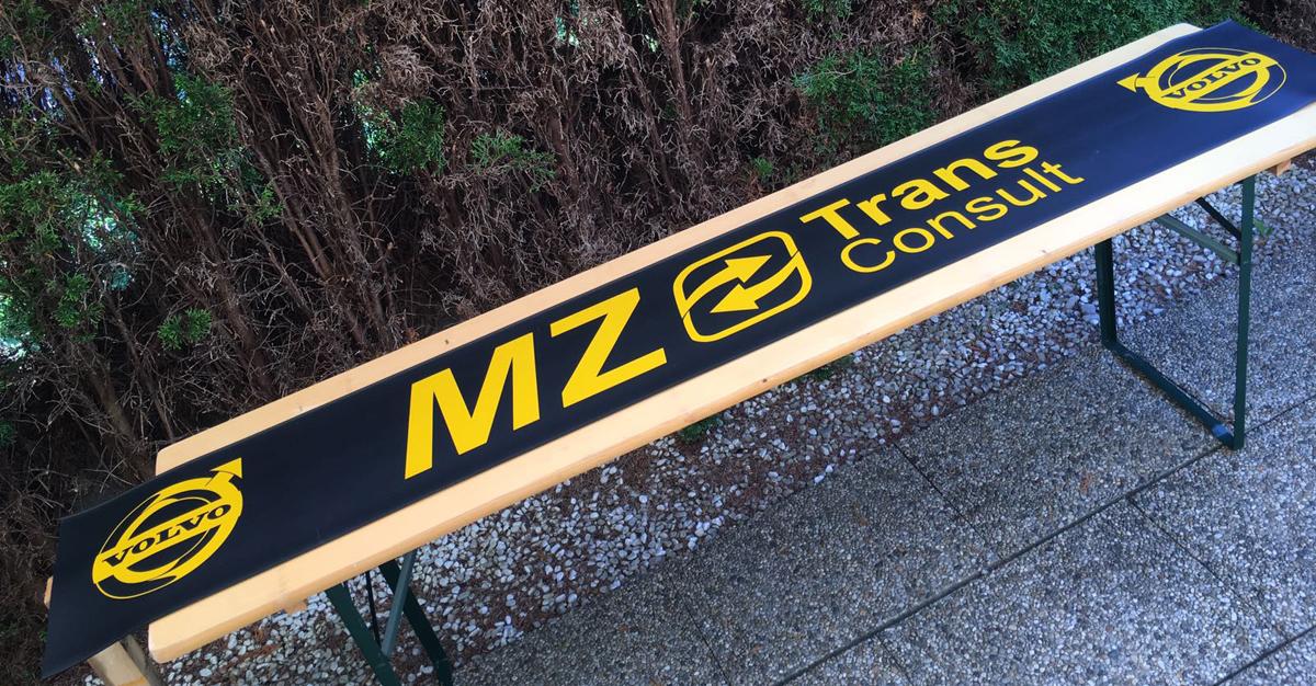 Beschrifteter Schmutzfänger/Heckschürze der Firma MZ Trans Consult aus Ludesch.